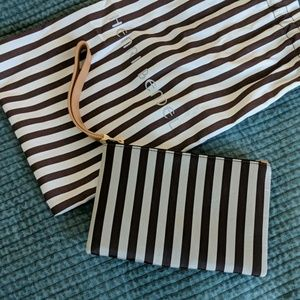 Henri Bendel Clutch Brand New Mint Condition